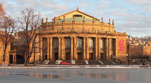 A Opernhaus de Stuttgart